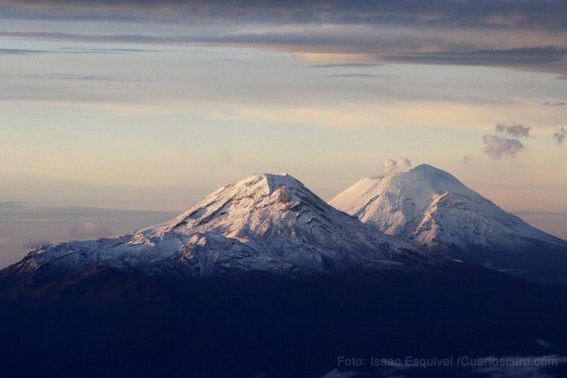 Los volcanes nevados. Foto: Isaac Esquivel /Cuartoscuro.com