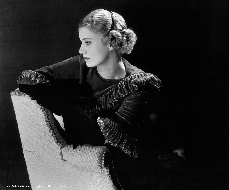 Auto retrato en su estudio de Nueva York, EU, 1932 © Lee Miller Archives, Inglaterra 2015. todos los derechos reservados