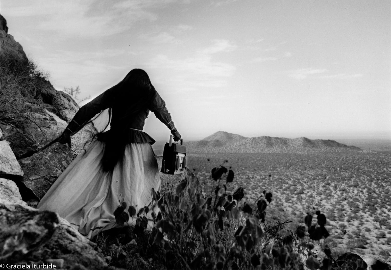 © Graciela Iturbide