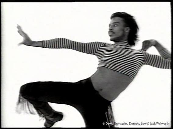 © David Bronstein, Dorothy Low & Jack Walworth, Voguing. The Message, 1989. Video 13 min. Cortesía de los artistas y Frameline Distribution, San Francisco. Fotograma