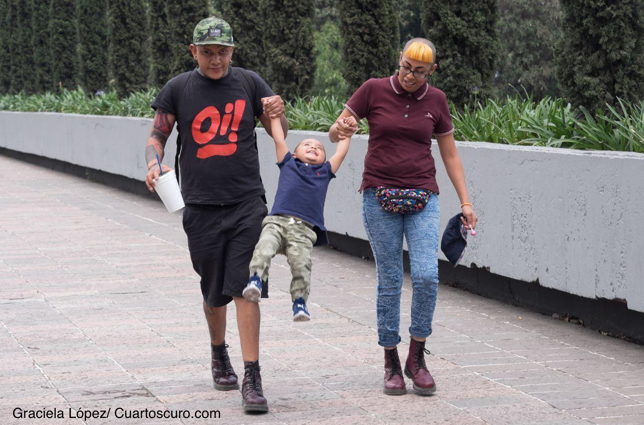 CIUDAD DE MÉXICO, 30ABRIL2019.- Hoy se festeja el Día del Niño. Es una celebración para conmemorar los derechos de los niños y su bienestar. Familias llevaron a sus hijos a pasear al Bosque de Chapultepec.FOTO: GRACIELA LÓPEZ /CUARTOSCURO.COM